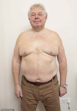 Nick Ferrari showing his male breast tissue (moobs)
